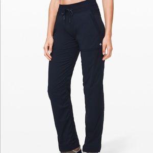 Lululemon dance studio pants III in black